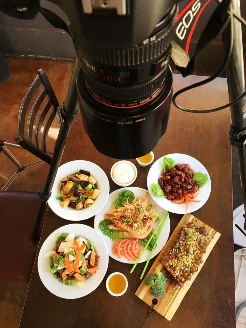 Aerial camera setup to photograph food