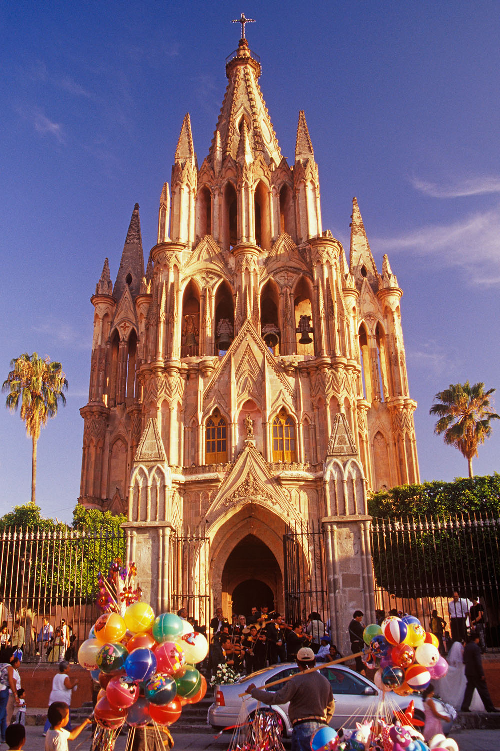 architecture photograph of cathedral in Mexico