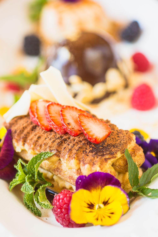 Dessert platter with flower styling