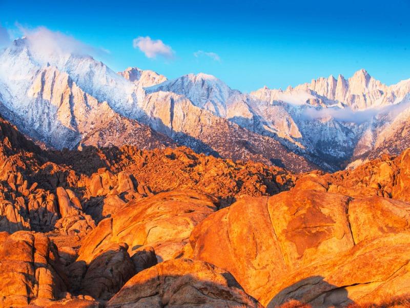 Un-cropped winter mountain range