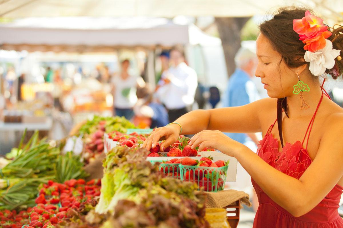 Farmers Market vendor cropped tight in camera.